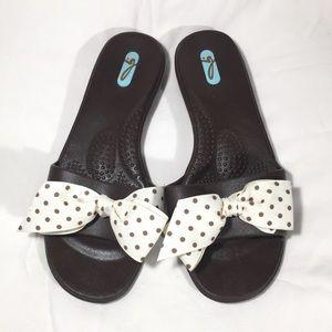 OKA b. Okal Sandals Rubber Slip On Polka Dot Bow